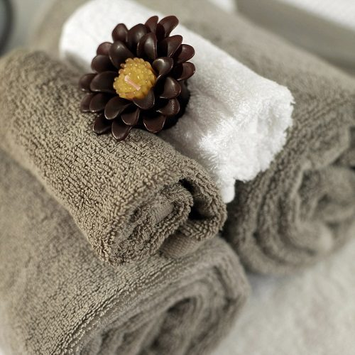 comment d corer sa salle de bain efnudat. Black Bedroom Furniture Sets. Home Design Ideas