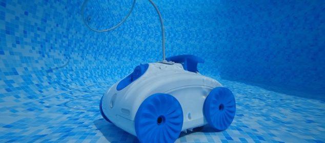 Les 5 avantages d'utiliser un robot électrique et autonome pour sa piscine