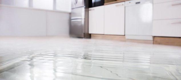 Comment détecter une fuite d'eau sous le carrelage ?