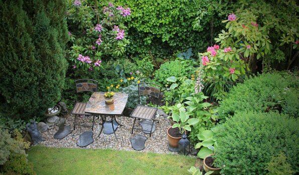 chaise coin jardin